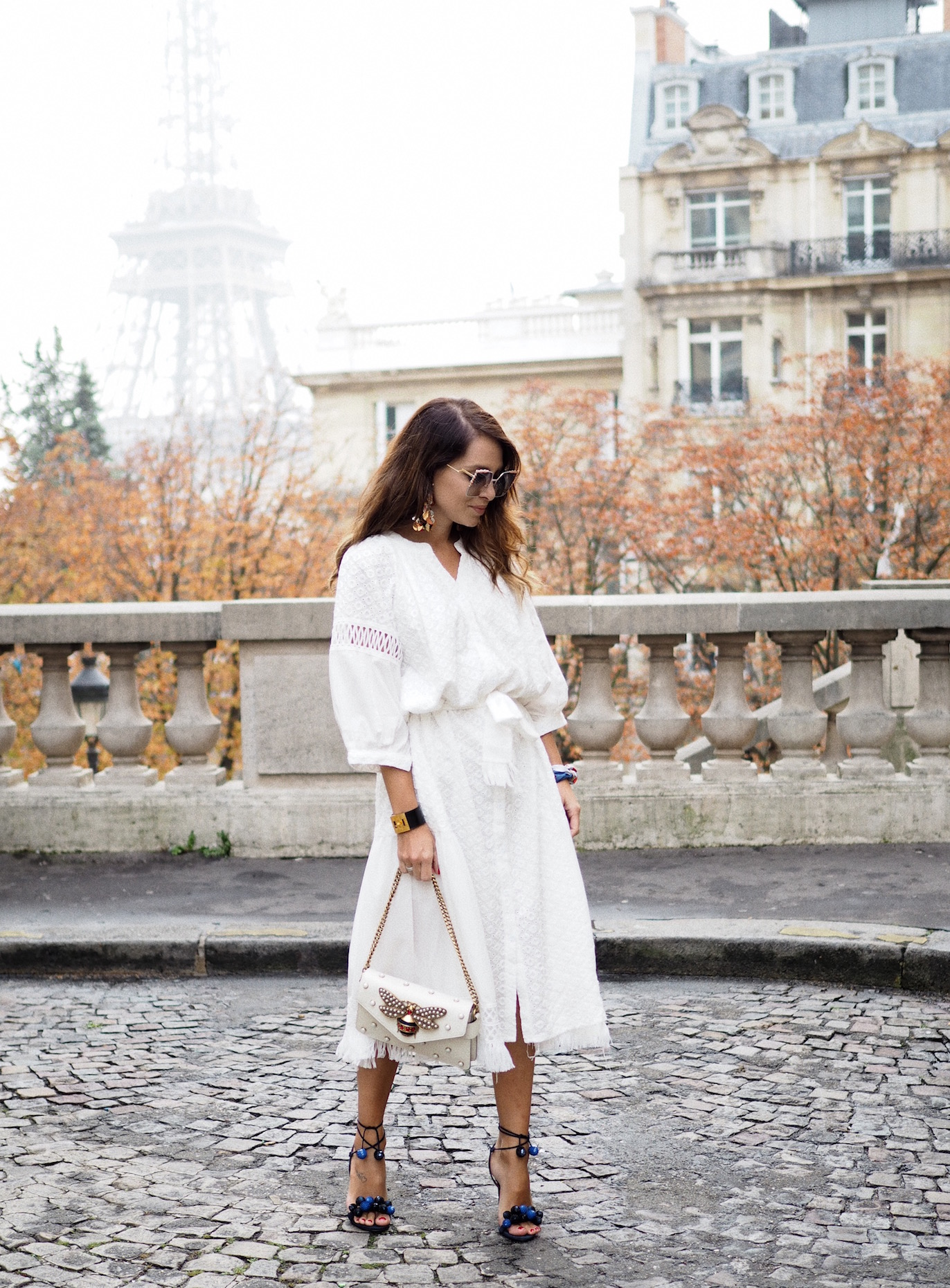 white-dress-how-to-wear-paris-fashion-week-street-style