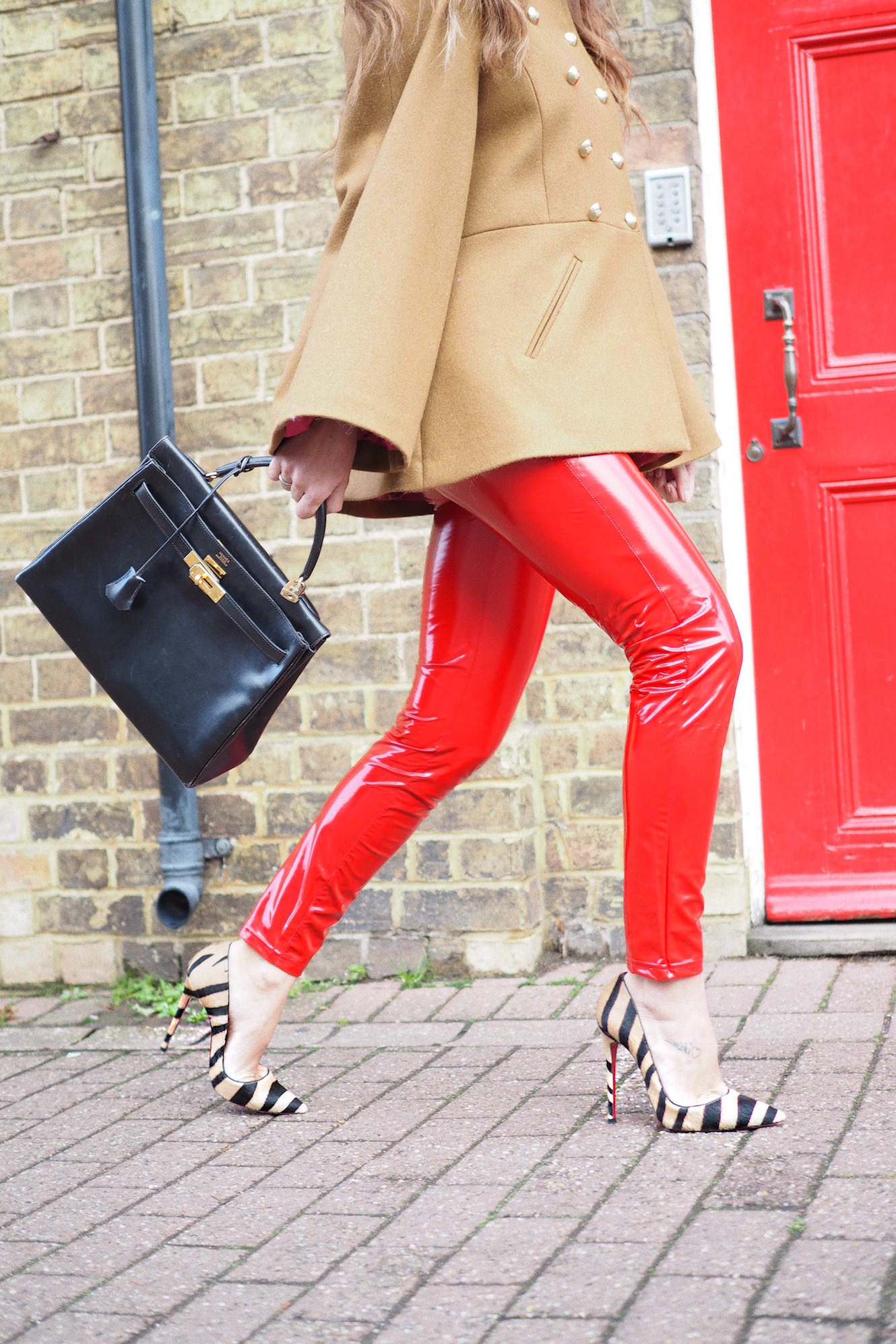 so kate christian louboutin heels street style
