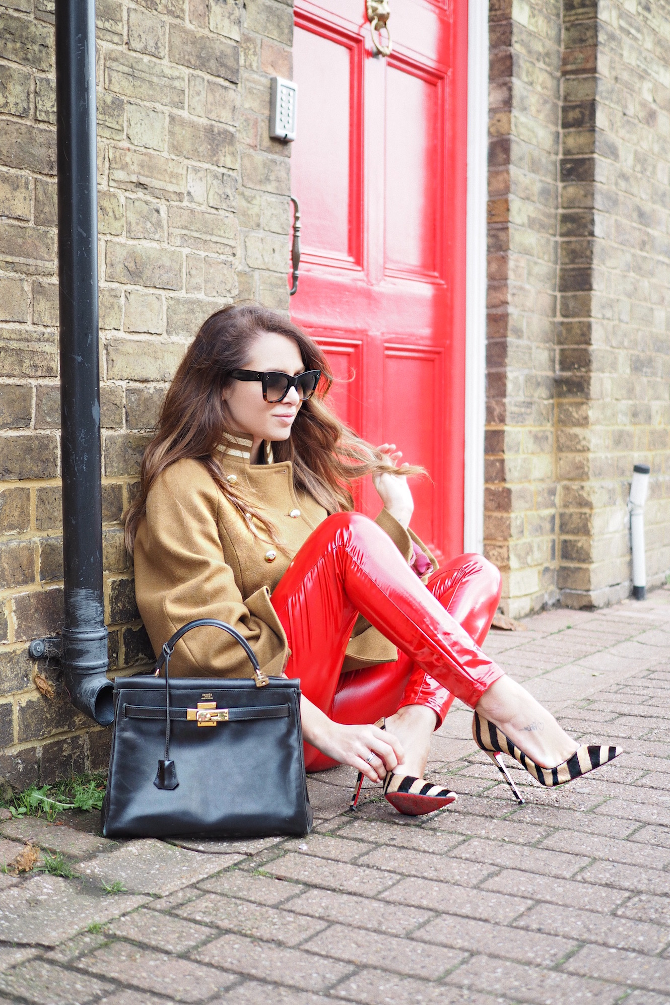christian louboutin street style so kate red soles