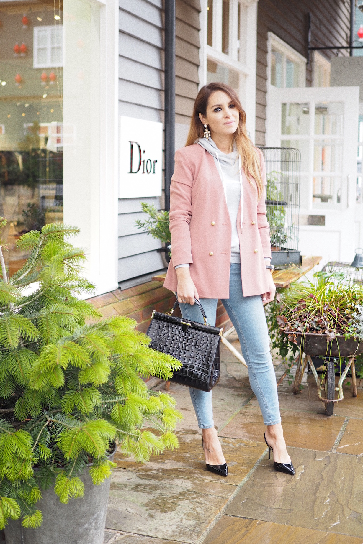 bicester village uk london christian dior outlet