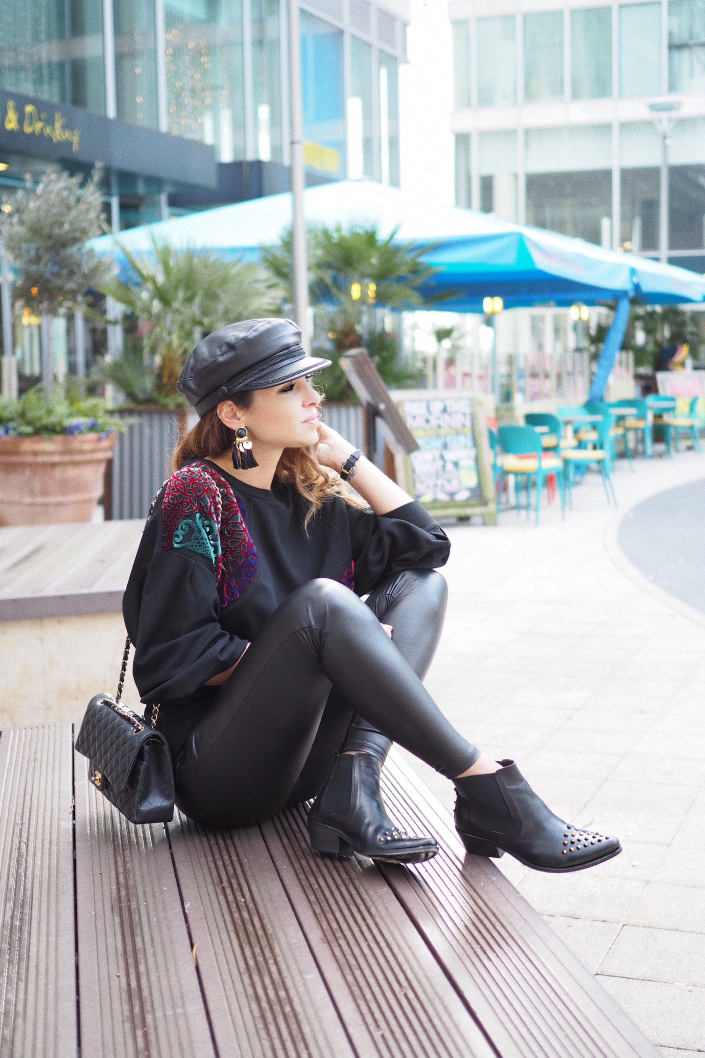 how to wear boots uterque street style