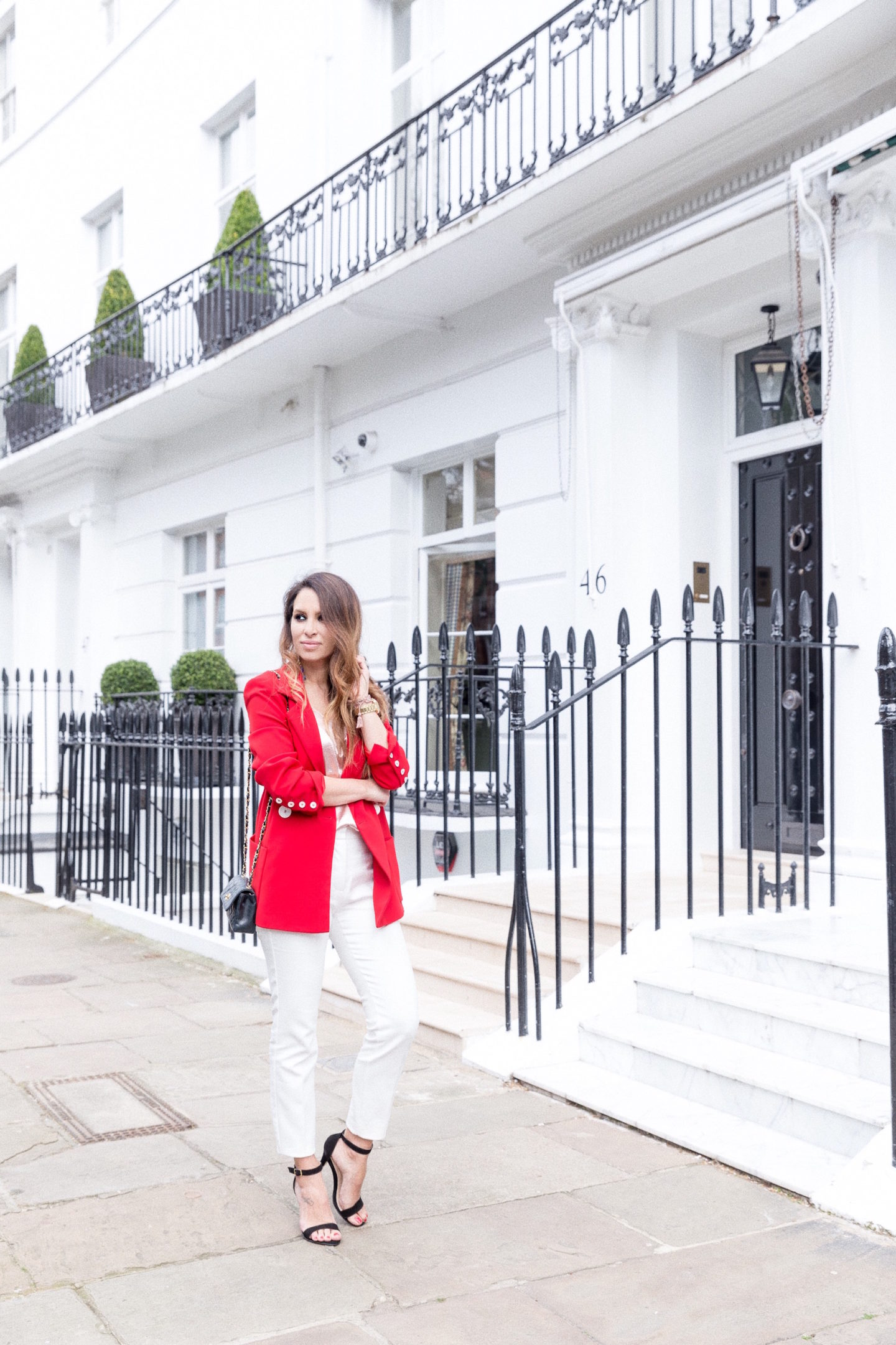 how to wear red blazer street style zara