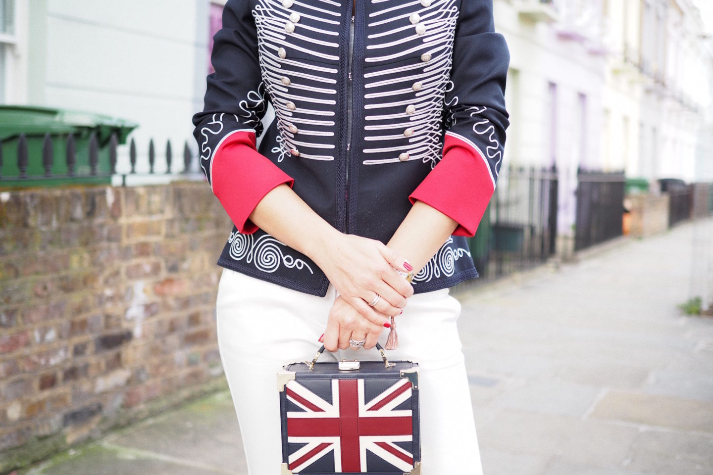 how to wear military jacket london street style