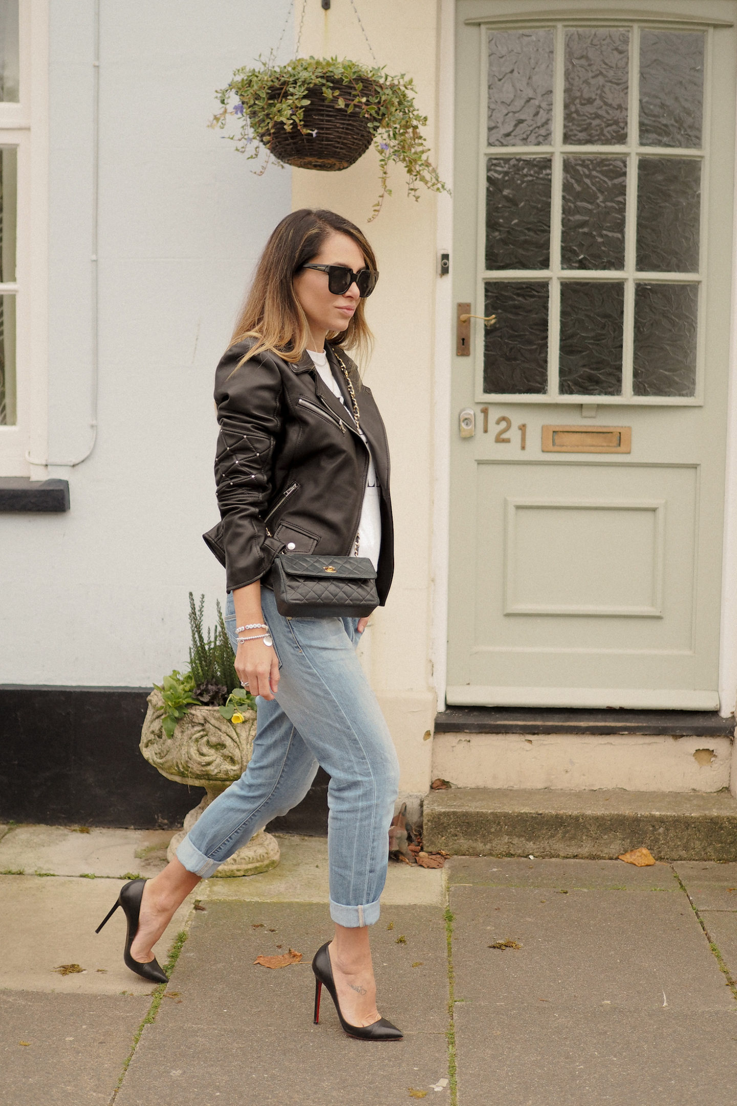 HOW TO STYLE BIKER JACKET