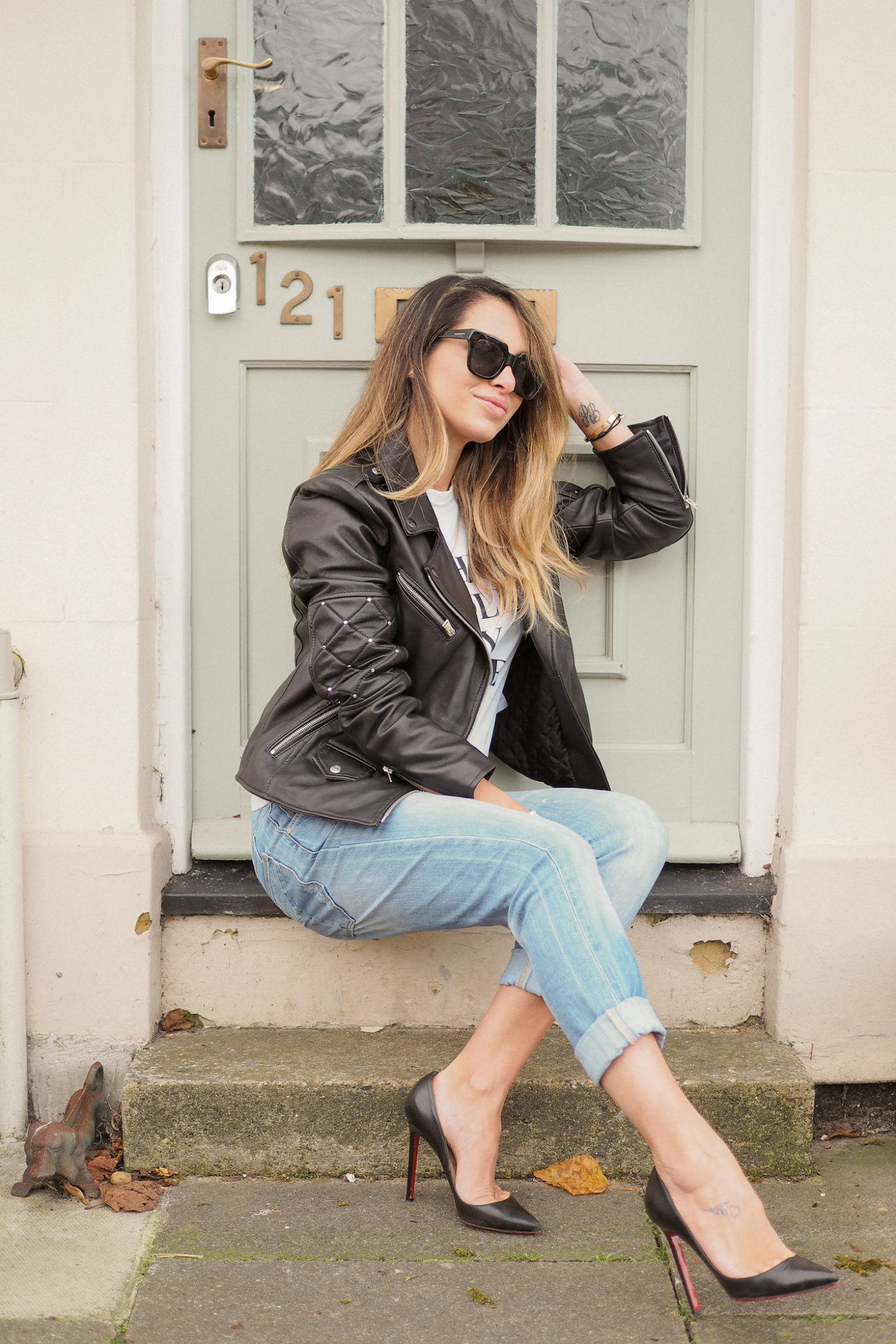 how to wear a denim leather jacket